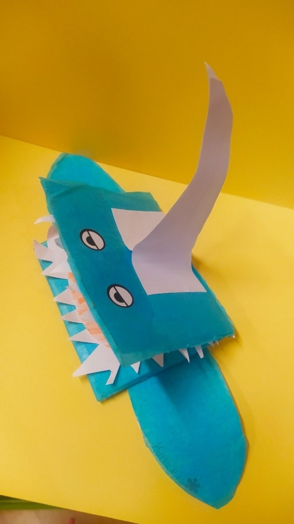 La imagen tiene un atributo ALT vacío; su nombre de archivo es tiburon.jpg